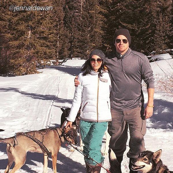 Channing-Tatum-Jenna-Dewan-celebrated-snow-pups