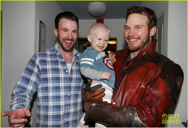 chris-pratt-chris-evans-official-kids-visit-pics-are-amazing-01