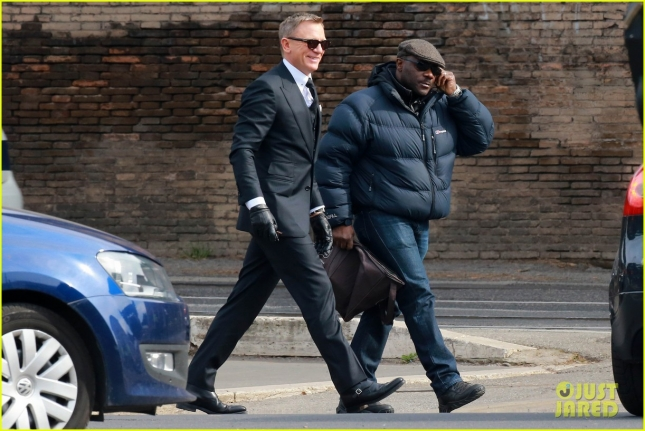 daniel-craig-james-bond-spectre-filming-rome-03