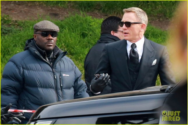 daniel-craig-james-bond-spectre-filming-rome-07