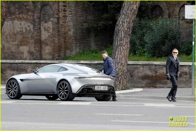 daniel-craig-james-bond-spectre-filming-rome-14