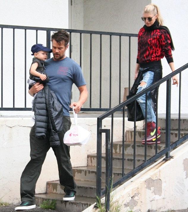Ферджи и Джош Дюамель с сыном