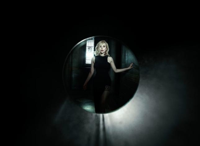 Элизабет Олсен в фотосессии для Vs. Magazine