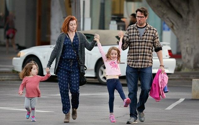 Элисон Ханниган с мужем и детьми