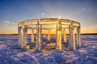ice-pillars-icehenge-kevin-lehner-9