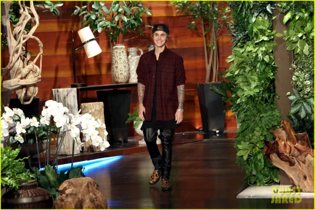 justin-bieber-on-ellen-watch-another-surprise-appearance-02
