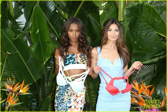 lily-aldridge-jasmine-tookes-victorias-secret-swim-08