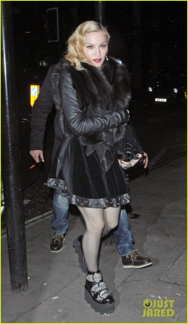 Мадонна покидает вечеринку Mert & Marcus House of Love в Лондоне