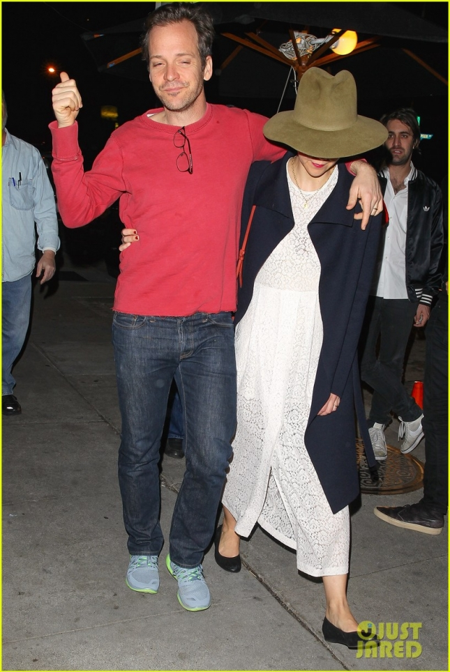 Maggie Gyllenhaal and Peter Sarsgaard enjoy a quiet date night together