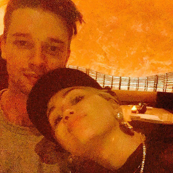 Miley-Cyrus-shared-cuddly-snap-Patrick-Schwarzenegger