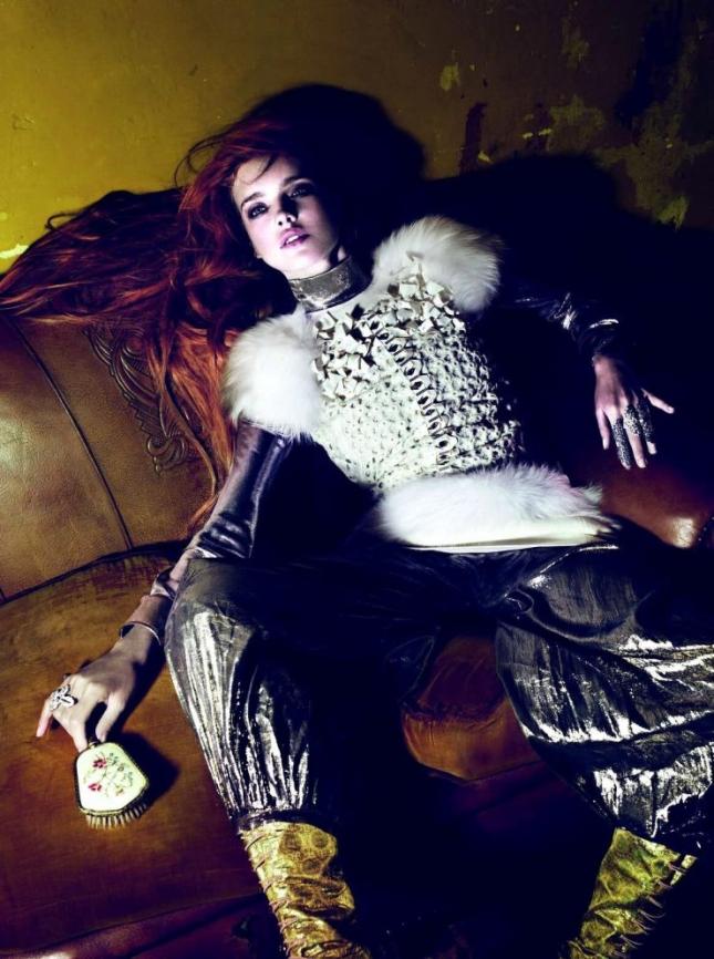 Наталья Водянова в фотосессии для Vogue Париж
