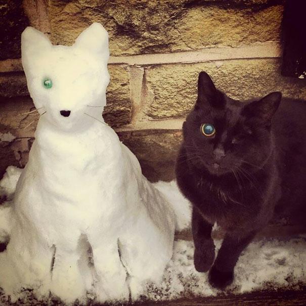 pet-snow-sculptures-8__605