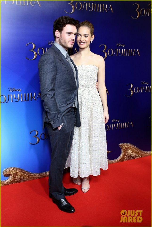 richard-madden-lily-james-cinderella-moscow-photocall-01