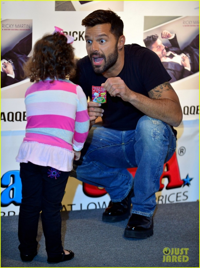 Ricky Martin Meets And Greets Fans