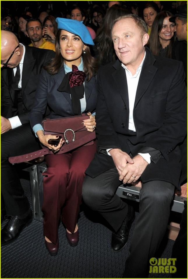 Сальма Хайек и Франсуа Анри-Пино на шоу Gucci в Милане