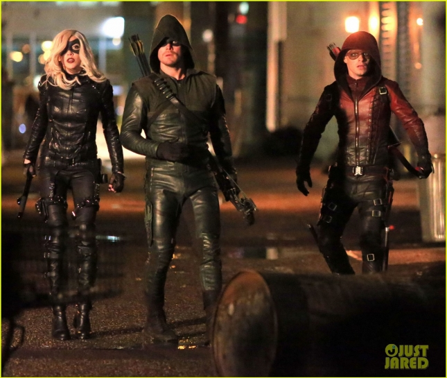 stephen-amell-hints-on-arrow-60th-episode-06
