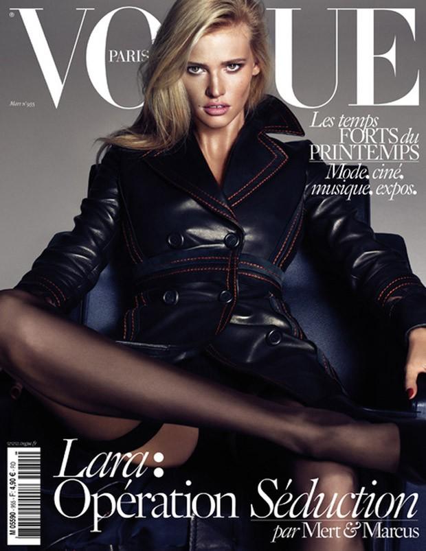 Лара Стоун  на обложке Vogue Париж, март 2015