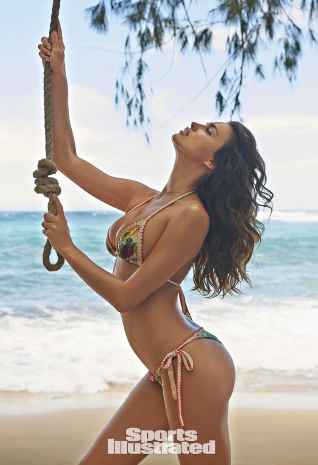Ирина Шейк для Swimsuit 2015