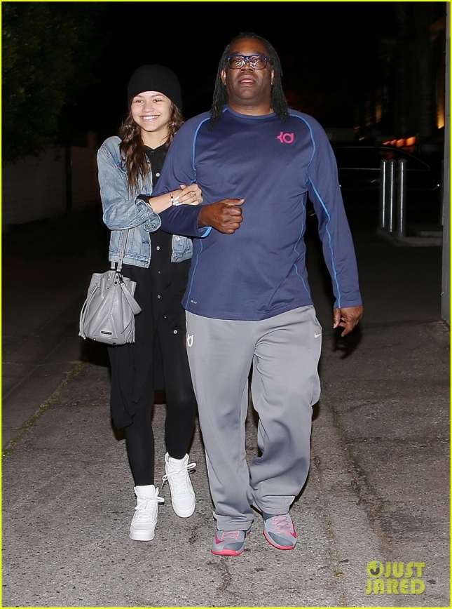 Zendaya Out with Dad Days After Giuliana Rancic Dreadlock Comment on Oscar Night
