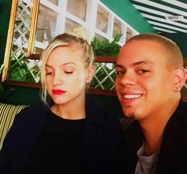 ashlee-simpson-evan-ross-grab-food-for-baby-02