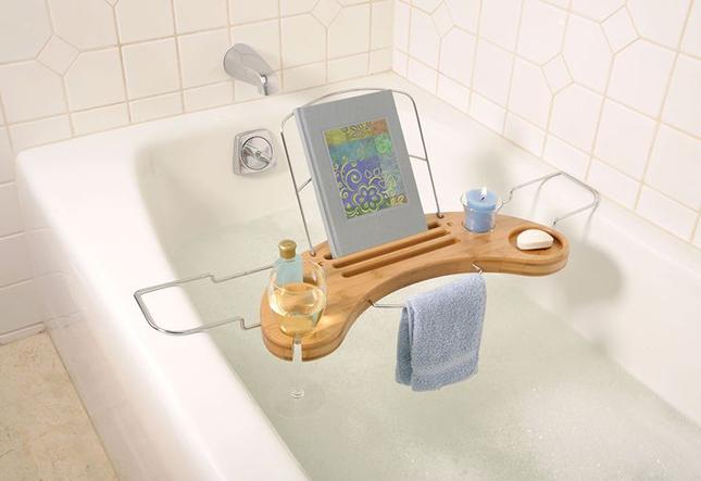 Bamboo-Bathtub-Caddy