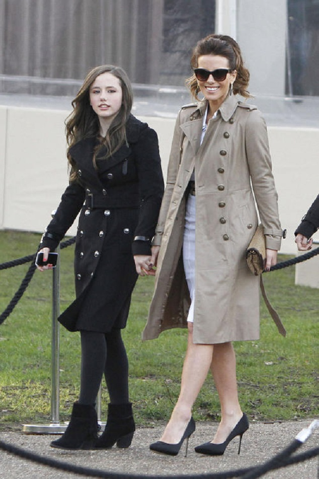 Кейт Бекинсейл с дочкой