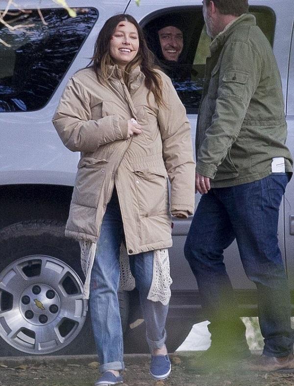 """Джессика Билл и Джастин Тимберлейк  на съемках фильма """"Дьявол и глубокое синее море"""""""