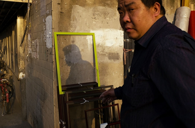 china-perfectly-timed-street-photography-tao-liu-4