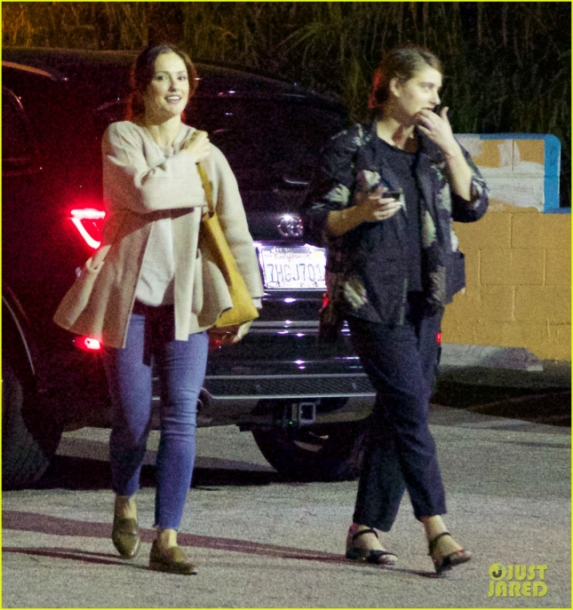 chris-evans-lily-collins-enjoy-romantic-dinner-03