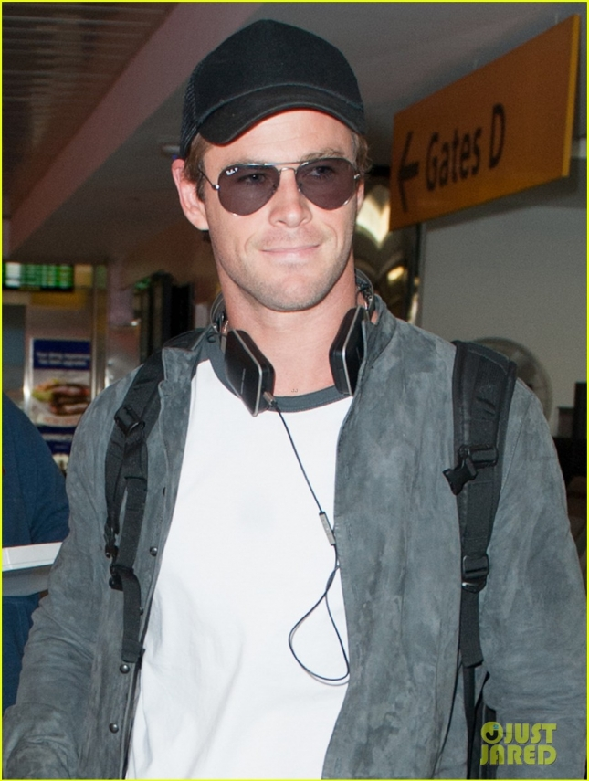 chris-hemsworth-thor-will-be-funny-04
