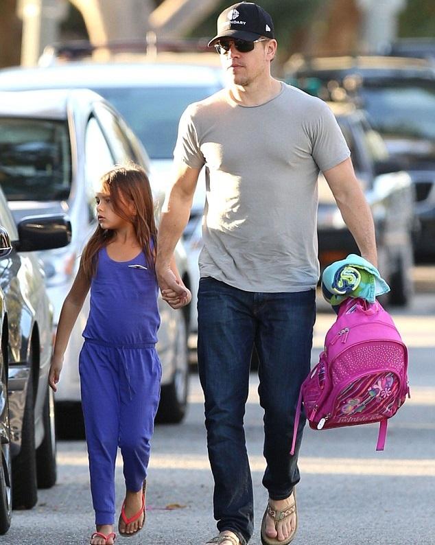 Мэтт Дэймон с дочкой