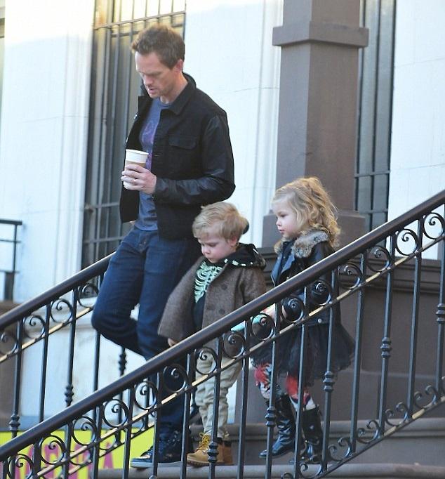 Нил Патрик Харрис с детьми