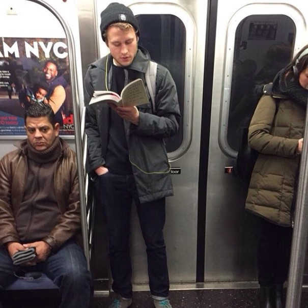 hot-dudes-reading-books-instagram-11-605x605