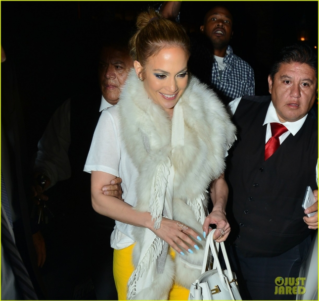 jennifer-lopez-feel-the-light-video-22