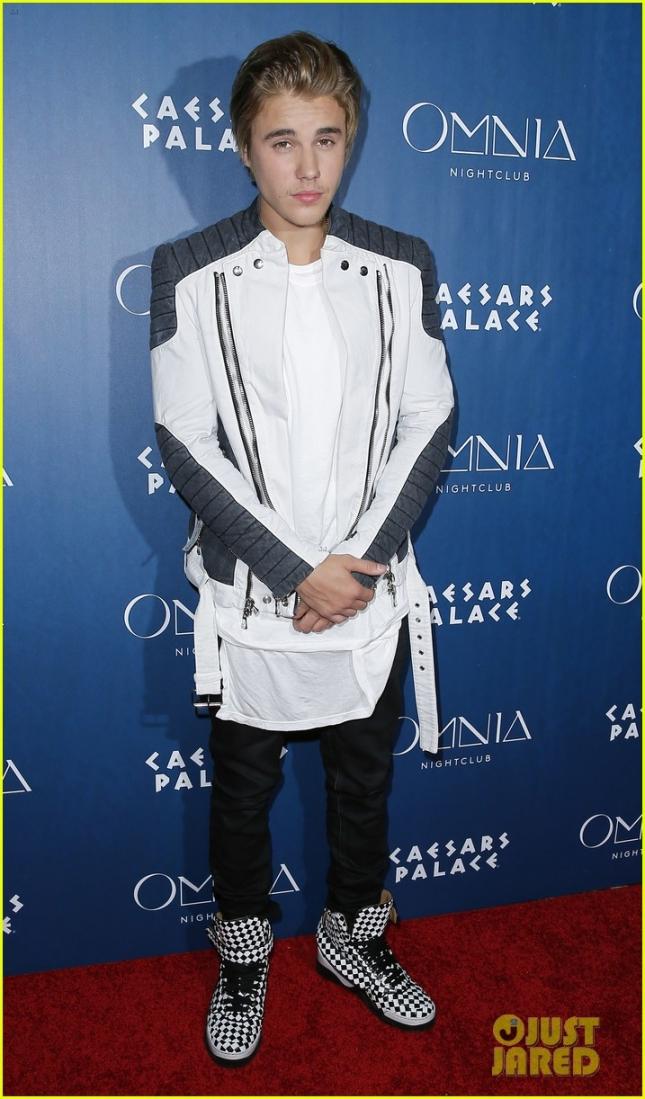 Джастин Бибер на вечеринке по случаю своего 21-летия в Omnia inside Caesar Palace Hotel and Casino