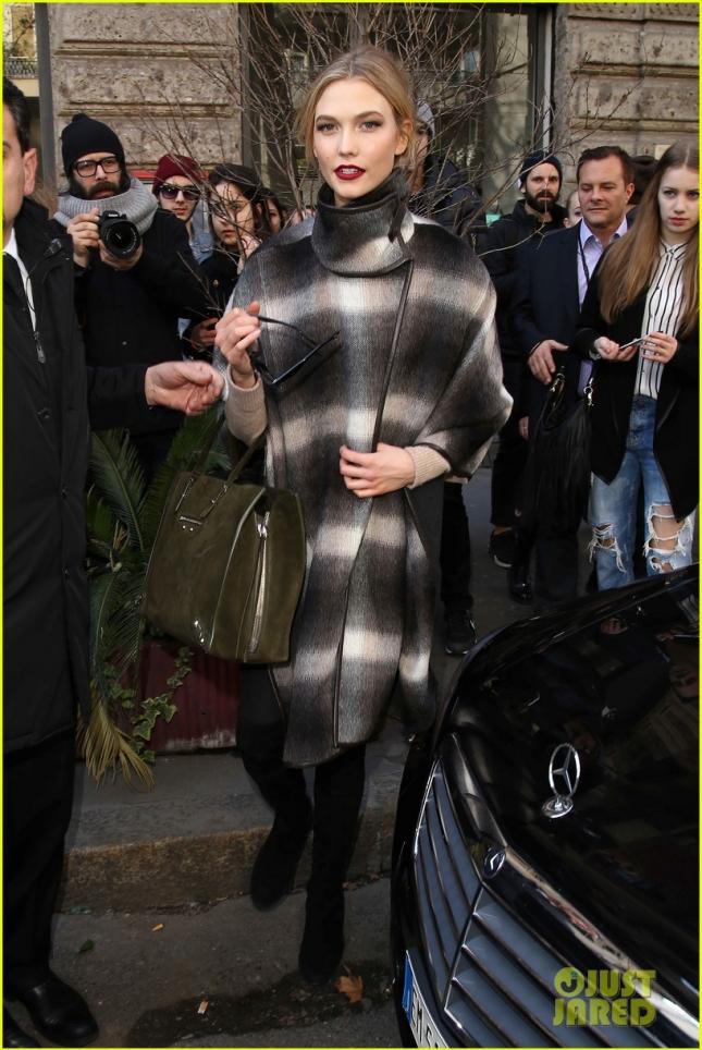 Карли после показа Dolce & Gabbana