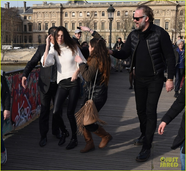 Kendall Jenner is attacked by a fan while visiting Lovelock Bridge **USA ONLY**