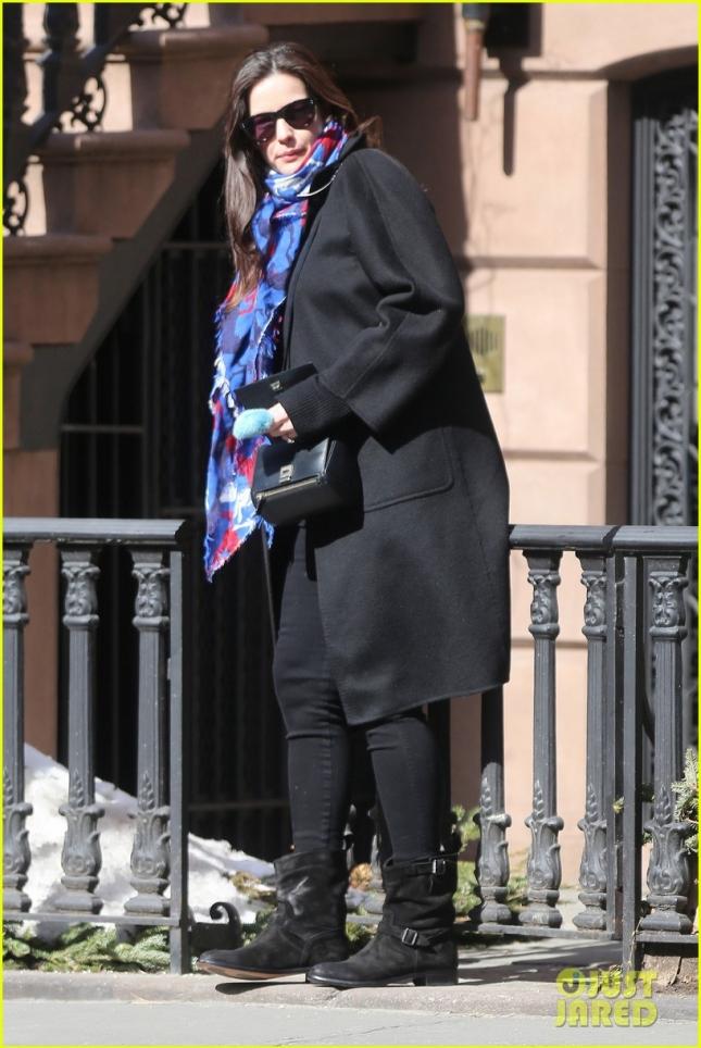 Лив Тайлер была замечена возле своего дома в Нью-Йорке