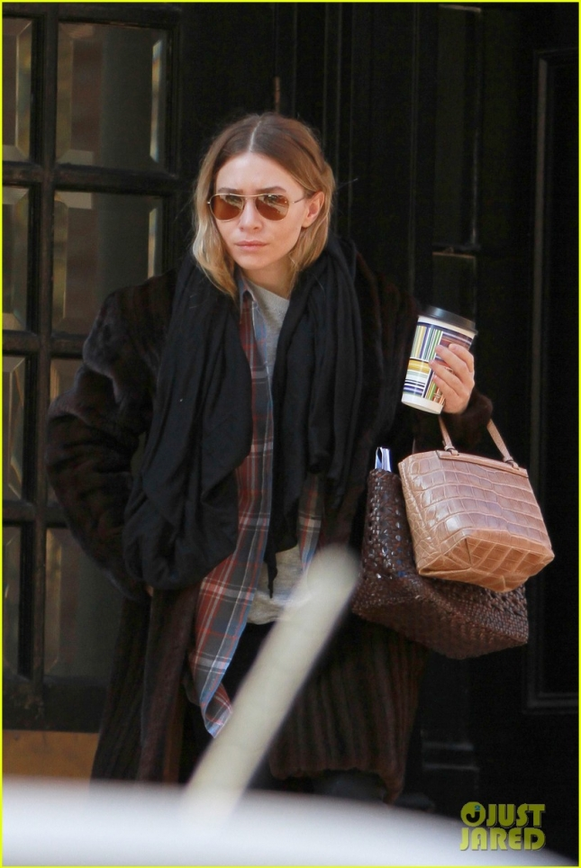 mary-kate-ashley-olsens-madison-ave-store-begins-work-in-may-05
