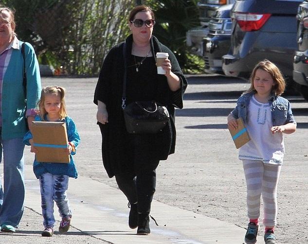 Мелисса Маккарти с дочками