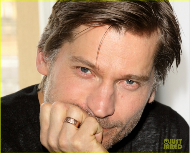 nikolaj-coster-waldau-id-crush-gerard-butler-in-the-gym-04