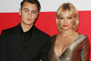 pamela-anderson-brings-son-brandon-to-gunman-premiere-02