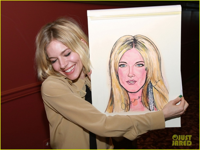sienna-miller-caricature-unveilling-in-nyc-25