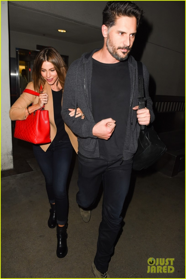 Sofia Vergara & Joe Manganiello touch down at LAX **NO UK**