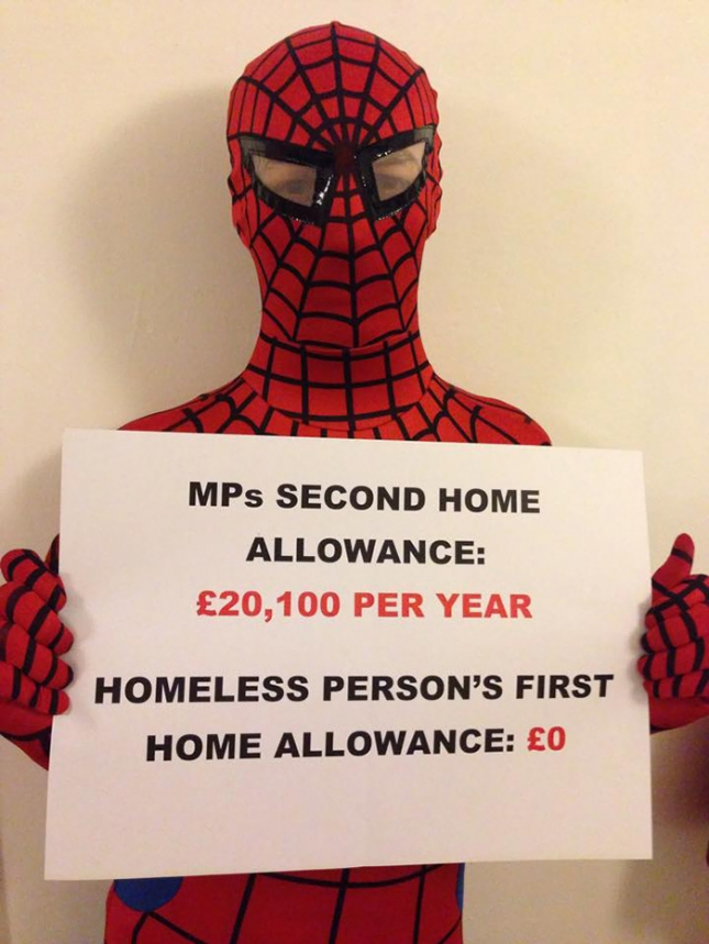 Люди с жильем получают пособие в размере 20100 фунтов на постройку второго жилья. А бездомные не получают ни цента даже на первое.