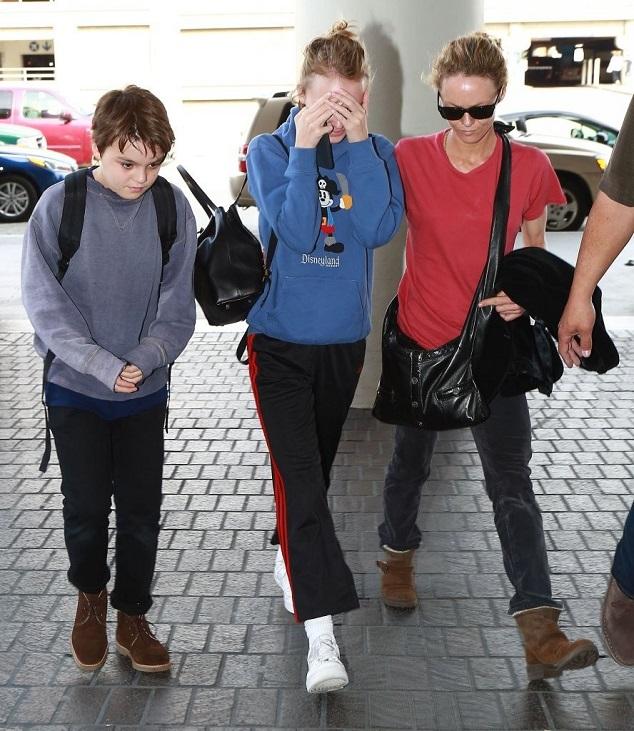 Ванесса Паради с детьми
