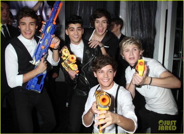 И главная новость четверга - Зейн Малик покинул группу One Direction