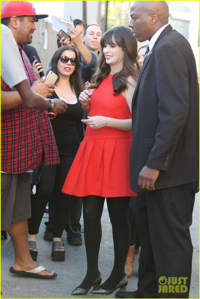 A pregnant Zooey Deschanel makes time for her fans at Jimmy Kimmel