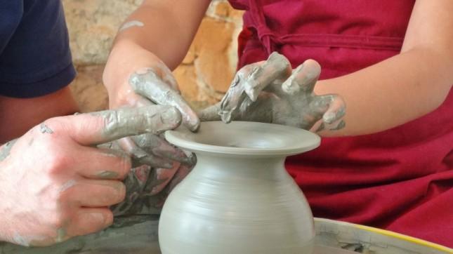 8-pottery1-645x362