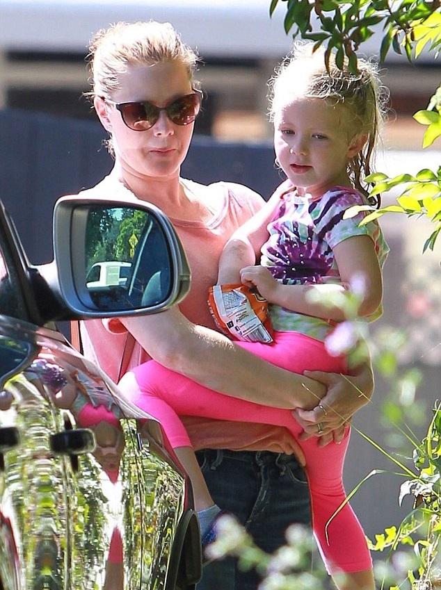 Эми Адамс с дочкой